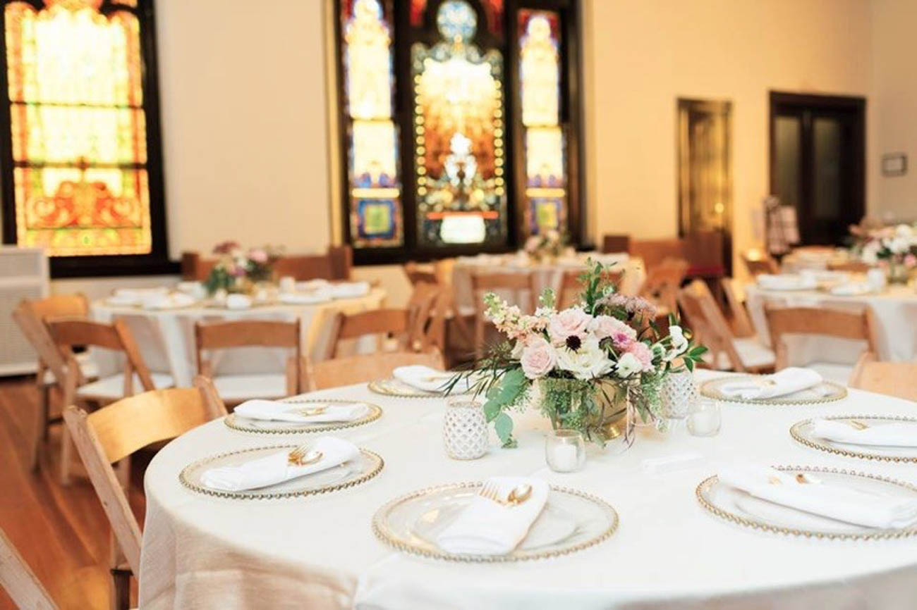 Contact Annie at info@SanctuaryEventRentals.com or at (859) 982-9887 to book the Sanctuary, Lounge Annex, Bridal Suite, or all of the above. / Image courtesy of Mansion Hill Sanctuary // Published: 1.28.20