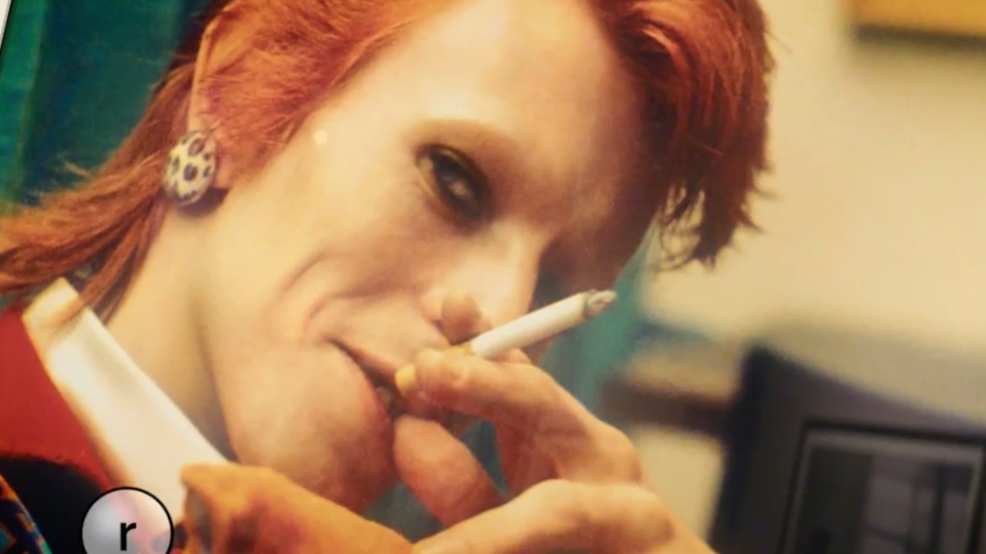 David Bowie smoking by Mick Rock at MoPOP.png